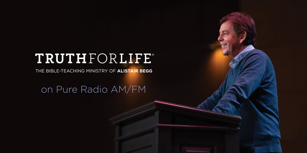 thumbnail image for Listen to Alistair Begg in Palm Springs on Pure Radio AM/FM