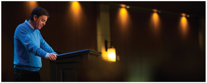 Alistair Begg in the pulpit