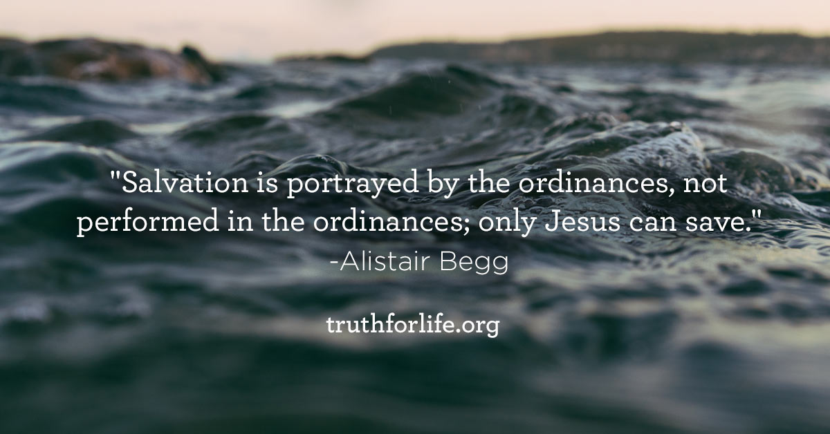 thumbnail image for Jesus Saves : Wallpaper